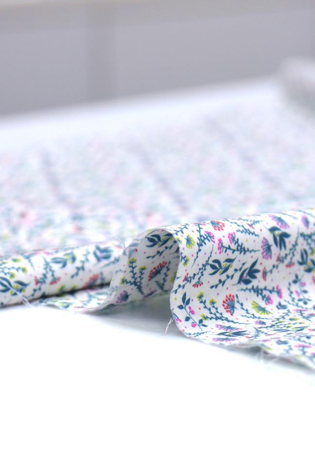 Coton imprimé glamour et poésie fuchsia